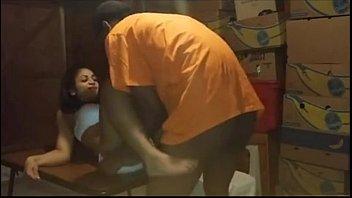भारतीय गर्म टक्कर लगी लड़की सेक्स के लिए मेज पर