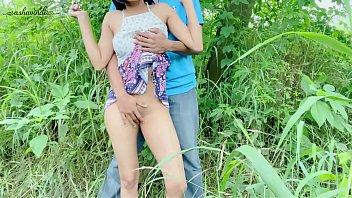 प्यारा देसी किशोर पूर्ण नग्न