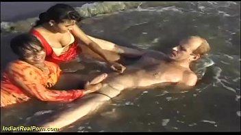 समुद्र तट सेक्स पर भारतीय सेक्स नंगा नाच